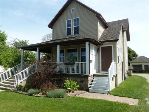 The Chattel Flat, Duplex at Saint Ignace