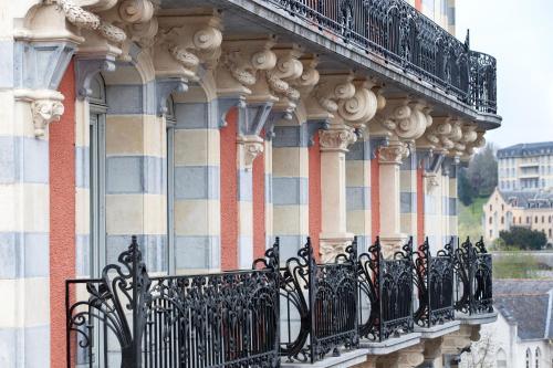 21, avenue Bernadette Soubirous, Lourdes 65100, France.
