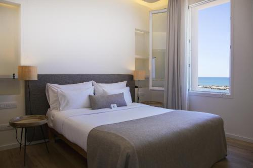 Double Room with Sea View Hostal Spa Empúries 9