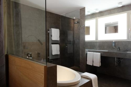 Superior Double Room with Garden View Hostal Spa Empúries 20