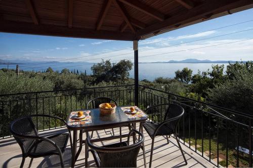 . Joanna Sea View Apartments