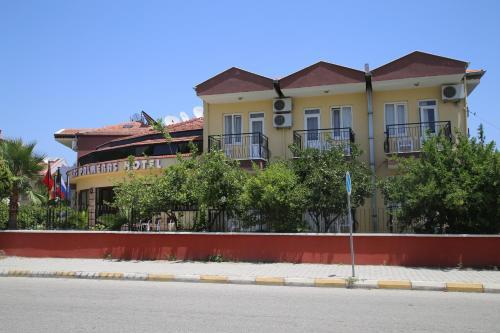 Kemer Las Palmeras Hotel yol tarifi