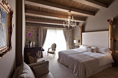 Superior Room La Vella Farga Hotel 15