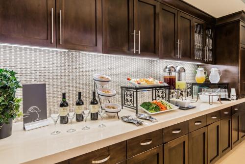 Homewood Suites By Hilton Little Rock Downtown - Little Rock, AR 72201