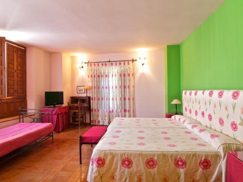 Habitación Triple Palacio Ayala Berganza 1