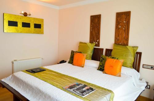 Habitación Doble Superior con vistas al mar - 2 camas The Marbella Heights Boutique Hotel 4