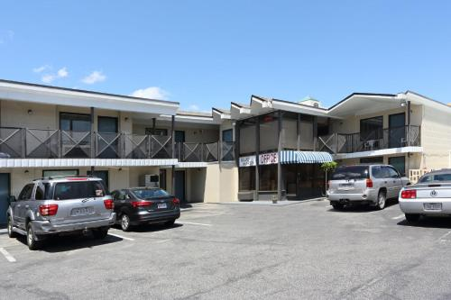 Blue Marlin Motel Main image 1