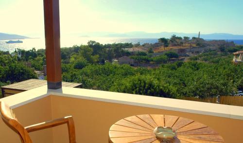 . Rastoni Hotel Aegina