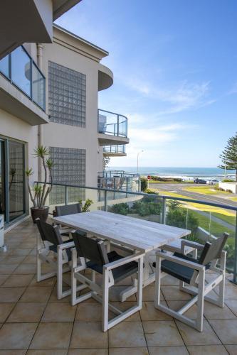 The Reef Beachfront Apartments - Hotel - Mount Maunganui