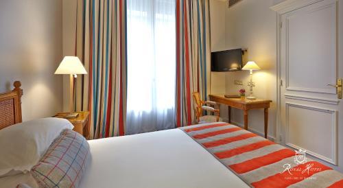 Royal Hotel Paris Champs Elysées Классический двухместный номер с 1 кроватью