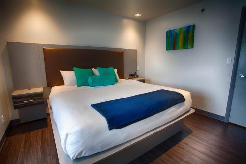 . Z Loft Extended Stay Hotel