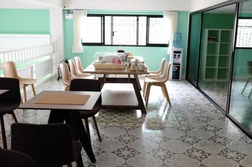 D Hostel Bangkok photo 6