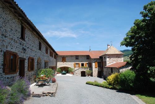 Accommodation in Les Ardillats