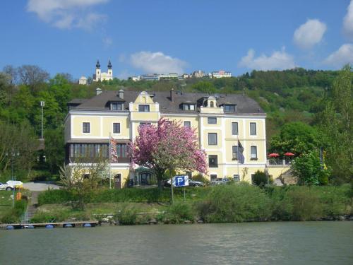 . Donau-Rad-Hotel Wachauerhof