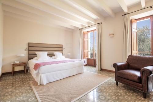 Junior Suite (2 Adults) Hotel Des Puig 11