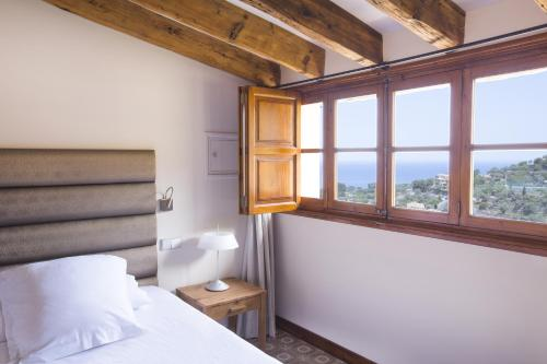Junior Suite (2 Adults) Hotel Des Puig 10