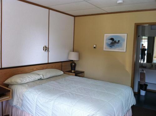 Rest Easy Motel - Three Hills, AB T0M 2A0