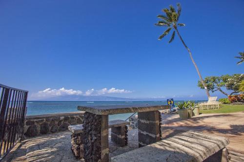Kahana Reef By Maui Condo And Home - Lahaina, HI 96761