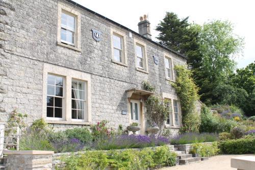 Roundhill Farmhouse, Bath Spa University