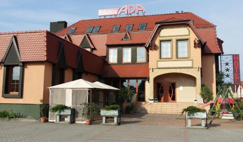 . Hotel Ada