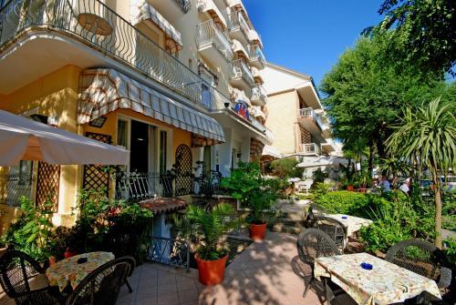 . Hotel Corallo Garnì