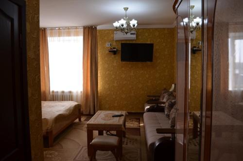 Grand Hotel Shakarima93