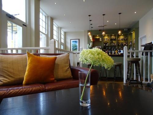 The White Horse Inn Hotel Storrington United Kingdom