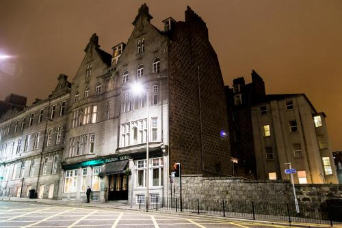 The Station Hotel picture 1 of 30