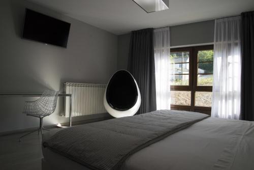 Habitación Deluxe con cama extragrande Lar de Donas 2