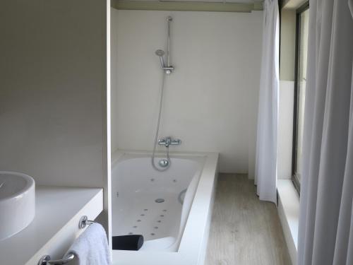 Serennia Exclusive Rooms photo 25