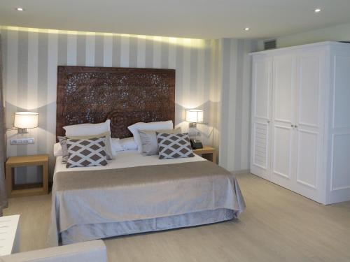 Serennia Exclusive Rooms photo 27