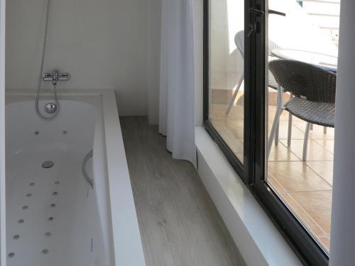 Serennia Exclusive Rooms photo 28