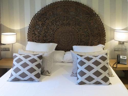 Serennia Exclusive Rooms photo 32