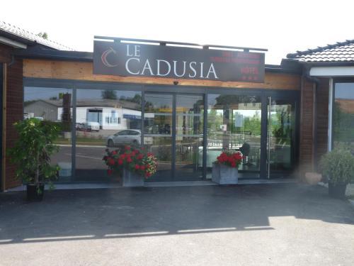 . Le Cadusia