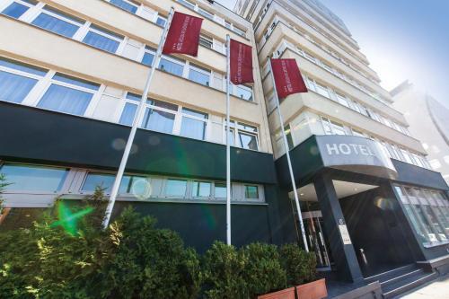 Novum Hotel Belmondo Hamburg Hbf impression