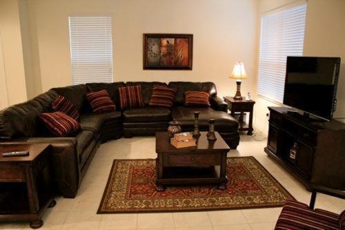 Bella Vida Resort 121 - Kissimmee, FL 34746