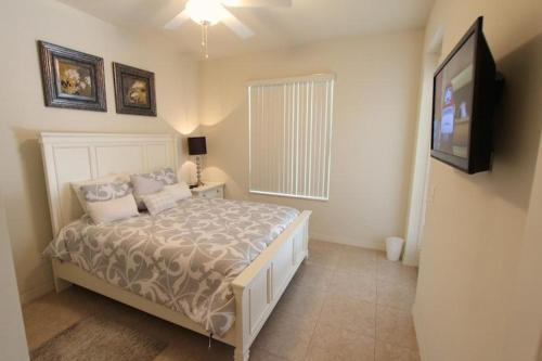 Emerald Green Holiday Home - Kissimmee, FL 34746