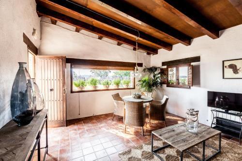 Three-Bedroom Suite Estança La Pau - Adults Only 8