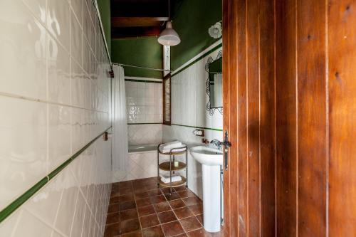 One-Bedroom Apartment Estança La Pau - Adults Only 8