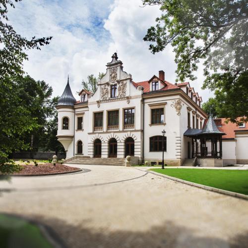 . Pałac Polanka