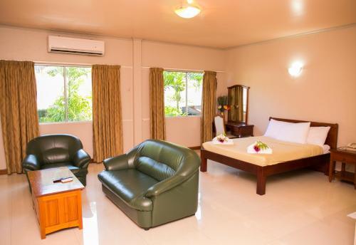 Фото отеля Hideaway Hotel