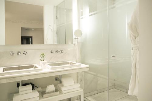 Dreamer Doppel-/Zweibettzimmer   Hospes Puerta de Alcalá 9