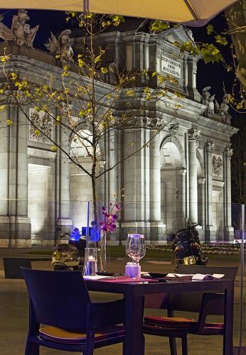 Plaza de la Independencia, 3, Madrid, 28001, Spain.