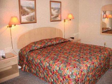 Room image 3