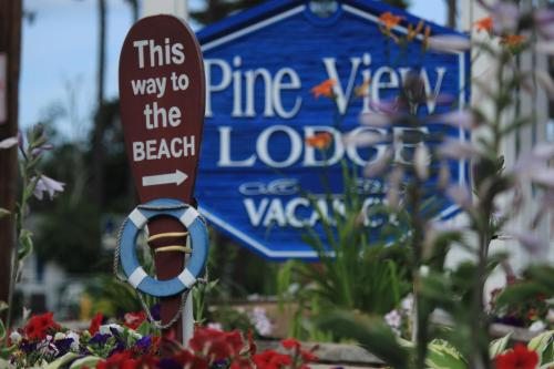 Pine View Lodge - Old Orchard Beach, ME 04064