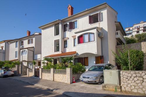 . Apartment Tina