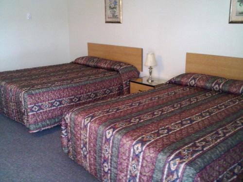 . Caravan Motel