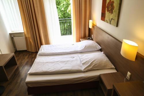 Hotel Marienthal Garni photo 53