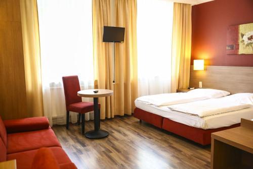 Hotel Marienthal Garni photo 23