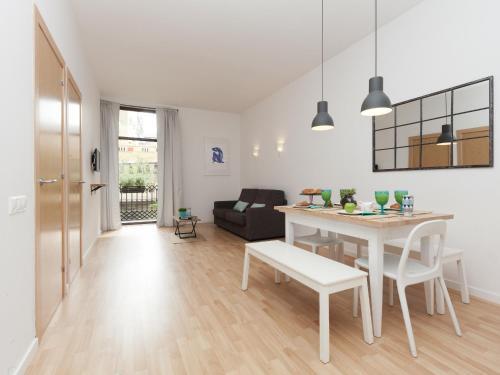 Happy Apartments photo 24